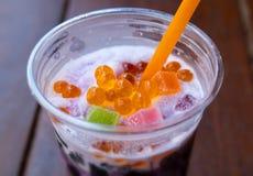 Słodki sodowany smoothie z galaretą obraz royalty free