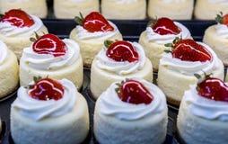 słodkie deserowe truskawki Obrazy Royalty Free