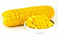 Słodkiej kukurudzy czyrak na białym tle obraz royalty free