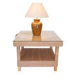 Słoma stołowa i lampowi cienie dekorować pokoje zdjęcie royalty free