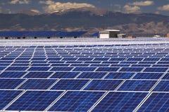 słoneczna energetyczna roślina Fotografia Royalty Free