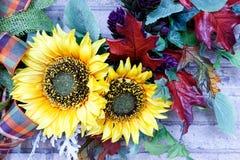 Słonecznikowy boże narodzenie wianek Zdjęcia Royalty Free