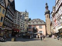 Słoneczny dzień w Cochem Niemcy fotografia royalty free