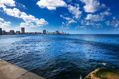 Słoneczny dzień w Hawańskim obraz royalty free