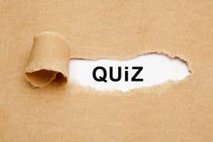 Słowa quiz Drzejący Papierowy pojęcie Obrazy Royalty Free