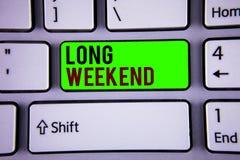 Słowa writing tekst Tęsk weekend Biznesowy pojęcie dla Krótkiego urlopowego sezonu wakacyjnego Relaksującego Rekreacyjnego czasu Obraz Stock