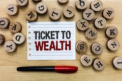 Słowa writing teksta bilet bogactwo Biznesowy pojęcie dla koła pomyślności przejście Pomyślna i jaskrawa przyszłość obraz royalty free