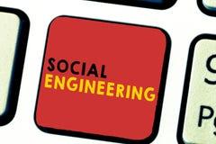 Słowa writing teksta inżynieria socjalna Biznesowy pojęcie dla Psychologicznego manipulacja zysku dostępu przez oszustwa fotografia stock