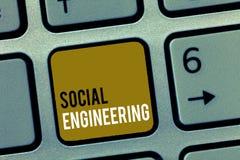 Słowa writing teksta inżynieria socjalna Biznesowy pojęcie dla Psychologicznego manipulacja zysku dostępu przez oszustwa fotografia royalty free