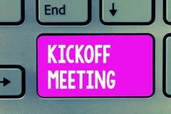 Słowa writing teksta Kickoff spotkanie Biznesowy pojęcie dla Specjalnej dyskusi na legalność wymagać w projekcie zdjęcia royalty free