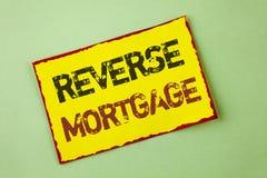 Słowa writing teksta odwrotności hipoteka Biznesowy pojęcie dla Starszej właściciel domu emerytura opci miarowej zapłaty korzyści Obraz Stock