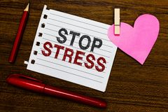 Słowa writing teksta przerwy stres Biznesowy pojęcie dla aport pomocy Brać medycyny Wydaje czas z loveones Dostaje więcej sen not obrazy stock