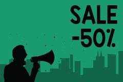 Słowa writing teksta sprzedaż 50 Biznesowy pojęcie dla A promo ceny rzecz przy 50 procentów markdown mężczyzna mienia megafonu ob ilustracji