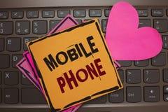 Słowa writing teksta telefon komórkowy Biznesowy pojęcie dla A handheld przyrządu używać wysyłać otrzymywa wezwania i wiadomości  zdjęcia royalty free