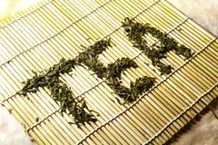 Słowo herbata od chińskiej zielonej herbaty Fotografia Stock