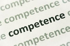Słowo kompetencja drukująca na papierowy makro- zdjęcie royalty free