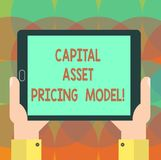 Słowo pisze tekstowi Kapitałowej wartości wyceny modelu Biznesowy pojęcie dla Pieniężnej analysisagement strategii biznesowych Hu zdjęcia stock