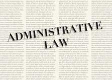 Słowo prawo administracyjne pisać i podkreślający przed zamazanymi tekst kolumnami na tle jasnożółty kolor ilustracja wektor