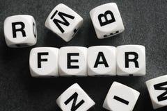 Słowo strach na zabawkarskich sześcianach obraz stock