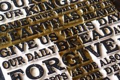 Słowo władyki ` s modlitwa na starym czerni wietrzał drewniane śliwki fotografia royalty free
