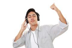 słuchał muzyki człowieka Obraz Royalty Free