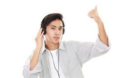 słuchał muzyki człowieka Zdjęcia Stock