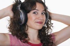 słuchająca dziewczyny muzyka Fotografia Royalty Free