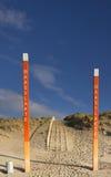 Słupy na Maasvlakte plaży Zdjęcia Stock
