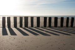 Słupy na plaży Fotografia Royalty Free