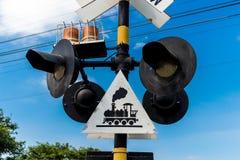 Słupy z symbolem oglądać out dla pociągu zdjęcia stock