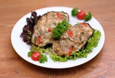Słuzyć mięsny posiłek Fotografia Royalty Free