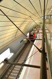 S在火车站终止的bahn培训 库存照片