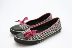 s穿上鞋子青少年 免版税库存图片