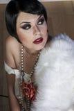 20s美丽的性感的深色的妇女 免版税库存图片