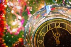 ` S Ève de nouvelle année Avant la nouvelle année cinq minutes Photos stock