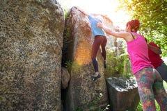 S'élever en nature photos stock