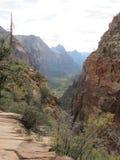 ` S Анджела приземляясь пеший путь, национальный парк Сиона, Юта Стоковое фото RF