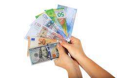` S женщин вручает держать вентилятор денег Стоковые Фотографии RF