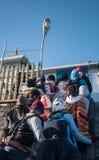 ` S Шри-Ланка Адама, 15-ое января: Неопознанные люди на Sri Pada в Шри-Ланке Это важное место паломничества Стоковое Изображение RF