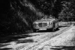 S 我 A T A 在一辆老赛车的DAINA GS STABILIMENTI淀粉1953年在集会Mille Miglia 2017年 免版税库存照片