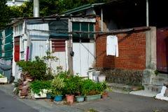 在街道上的兰德里在台北,台湾 台湾` s在冬天期间,是否是热带的,并且不下雪 在夏时,实习生 库存照片