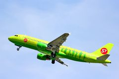S7 Airlines Airbus A320 Imagem de Stock Royalty Free