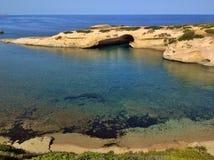 S'Archittu海湾在撒丁岛 库存照片