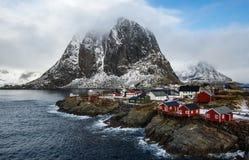 Sławna atrakci turystycznej Hamnoy wioska rybacka na Lofoten Isla Zdjęcia Stock