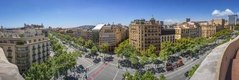 Sławna ulica Passeig De Gracia w Barcelona, Hiszpania Zdjęcie Stock