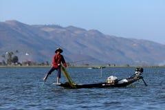 Sławni nóg rowers od Inle jeziora w Myanmar Obrazy Royalty Free