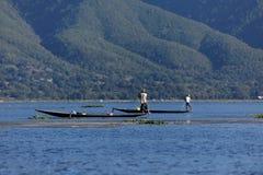 Sławni nóg rowers od Inle jeziora w Myanmar Zdjęcie Stock