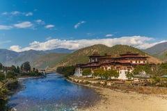 S?awny Punakha Dzong w Bhutan zdjęcie stock