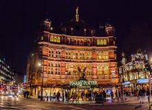 Sławny theatre na zachodnim konu London miasto fotografia stock