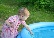 It's dangerous to play near the water Royalty Free Stock Photos